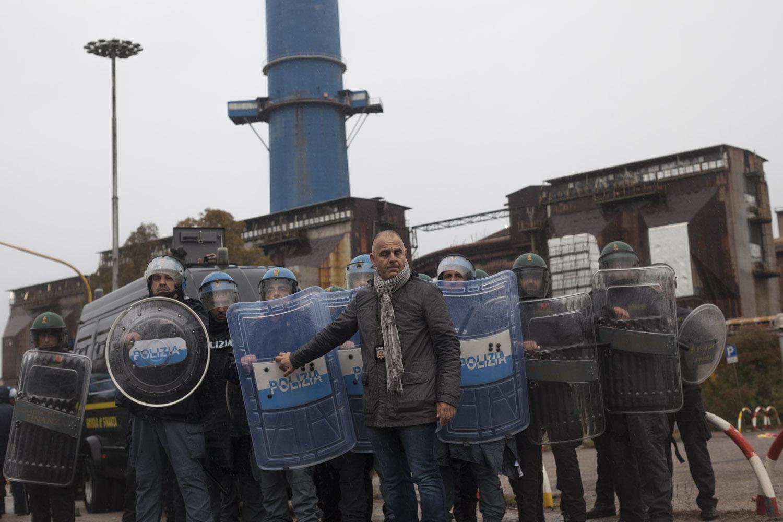 Taranto, manifestazione contro l'acciaieria